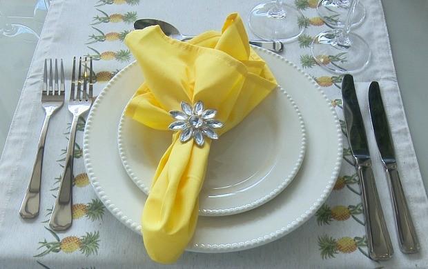 Decorador dá dicas para preparar a mesa para a ceia de ano novo (Foto: Bom Dia Amazônia)