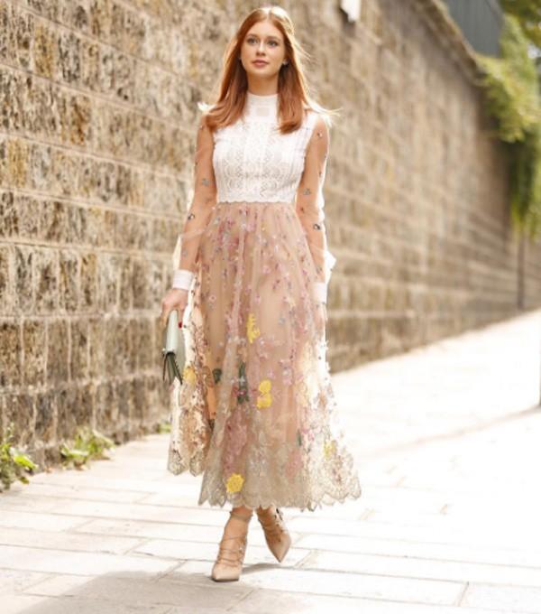 Marina com look impecável na Semana de Moda de Paris (Foto: Reprodução/Instagram)