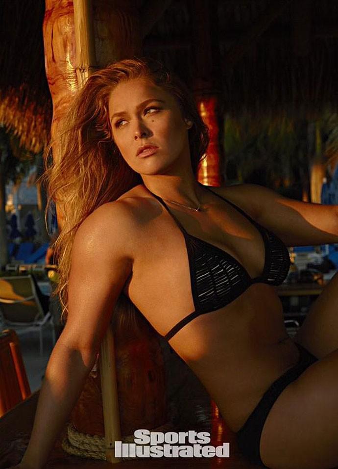 Ronda Rousey ensaio na revista Sports Illustrated UFC MMA
