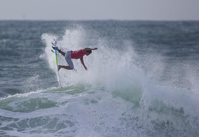 Italo Ferreira surfe portugal (Foto: Damien Poullenot/WSL)