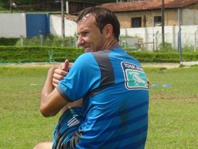 Tiago Bernardi, zagueiro do CSA (Foto: Caio Lorena / Globoesporte.com)
