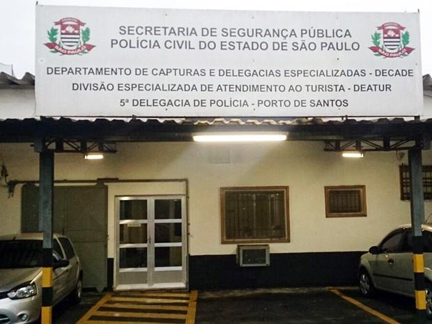Caso foi registrado na Delegacia do Porto de Santos, SP (Foto: LG Rodrigues/G1)