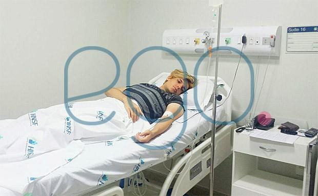 Celso Santebanes, o Ken humano, internado no Hospital Nossa Senhora de Fátima, em Patos de Minas (Foto: EGO)
