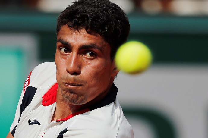 Thiago Monteiro contra Gael Monfils em Roland Garros (Foto: Reuters / Gonzalo Fuentes)