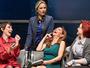 'É um momento de terapia com direito a risadas', explica a atriz Ellen Roche