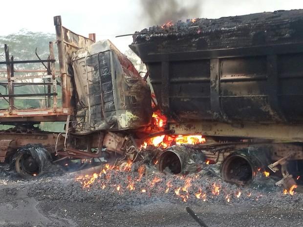 Três pessoas morreram em um acidente na BR-158 em Vila Rica (Foto: Leandro kervalt/ Arquivo pessoal)