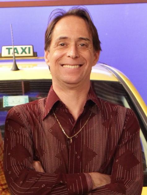 Pedro Cardoso em cena como Agostinho (Foto: TV Globo)