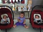 Deborah Secco comemora oito meses da filha, Maria Flor: 'Puro amor'