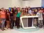 Estudantes visitam a TV Clube e conhecem a prática do jornalismo
