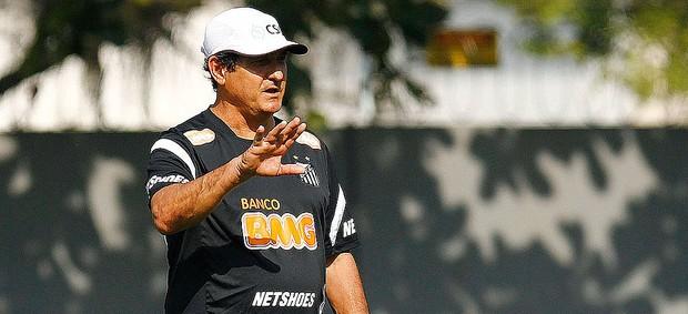 Muricy Ramalho no treino do Santos  (Foto: Ricardo Saibun / Divulgação Santos FC)