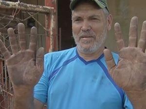 José Batista não tinha água nem para lavar as mãos.  (Foto: reprodução/ TV Tem )