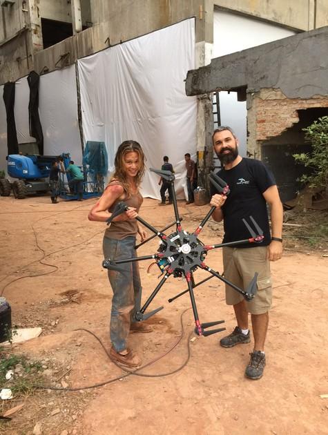 Mariana Ximenes e Rodrigo Figueiredo nos bastidores de 'Supermax' (Foto: Arquivo pessoal)