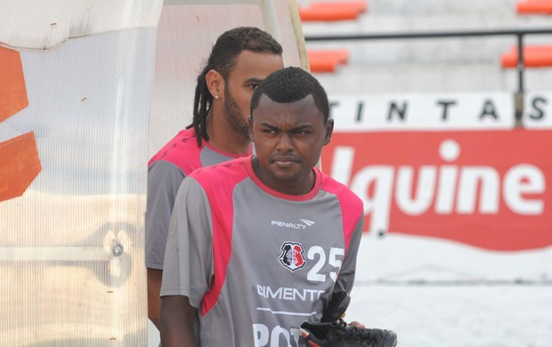 Sandro Manoel - Santa Cruz (Foto: Aldo Carneiro/Pernambuco Press)