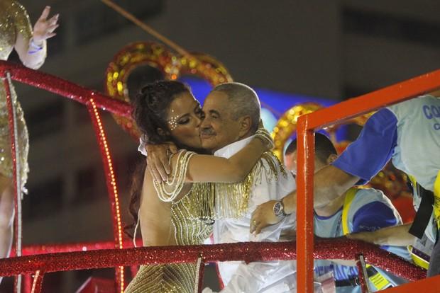 Luciele di Camargo e seu Francisco (Foto: Isac Luz / EGO)