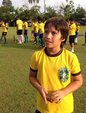 Hebert Cauã, o pequeno Messi (Foto: Michele Carvalho)
