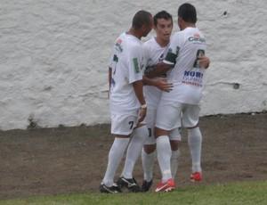 Everlan comemora gol do Murici (Foto: Leonardo Freire/GloboEsporte.com)