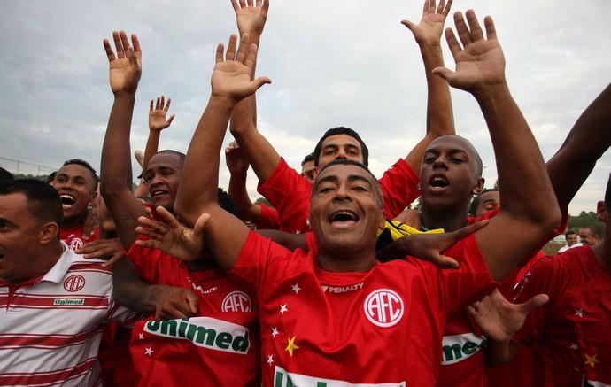 Romário no América 2009 (Foto: O Globo)