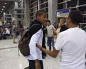 Parte do grupo embarca para a Copa América buscando retomar confiança