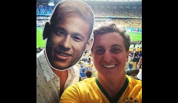 """""""Ashton-Neymar- Kutcher"""" e Luciano Huck (Foto: Instagram / Reprodução)"""
