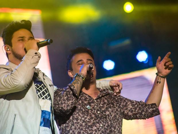 Os irmãos goianos Matheus & Kauan conquistaram a Festa do Peão de Barretos, SP (Foto: Mateus Rigola/G1)