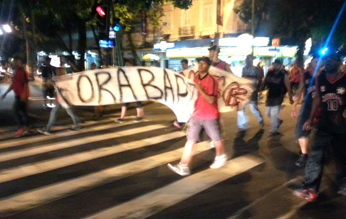 Protesto Torcida Flamengo Ipanema (Foto: Vicente Seda)