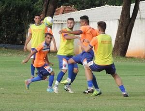 Treino do Grêmio Prudente no Caetano Peretti (Foto: João Paulo Tilio / GloboEsporte.com)
