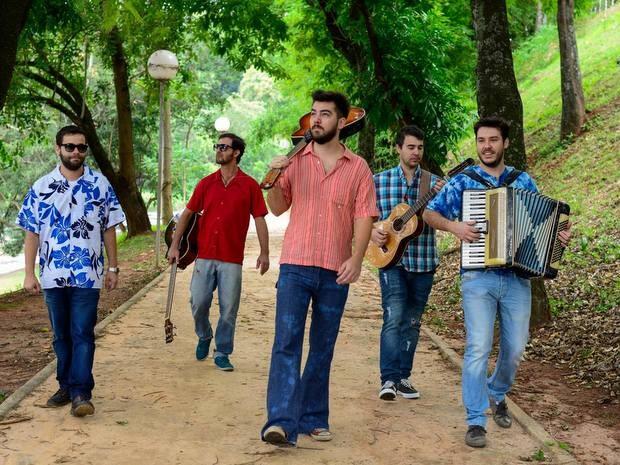 """Banda de Piracicaba faz tributo a """"Mutantes"""" e """"Secos e Molhados"""" (Foto: Amanda Vieira)"""