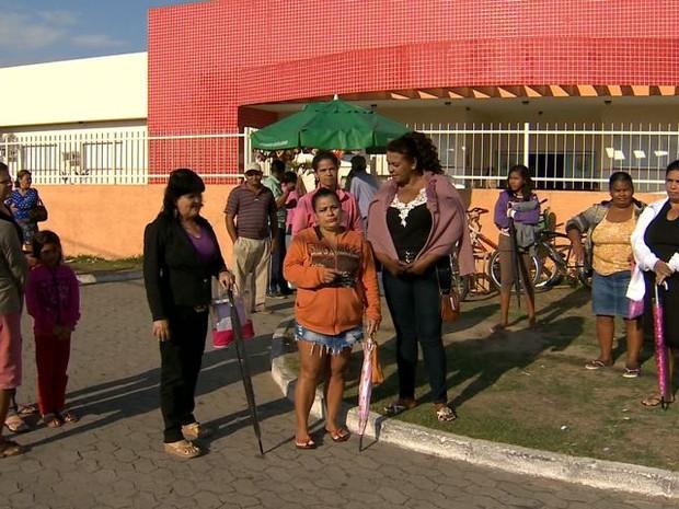 Mulheres denunciam venda de vagas de atendimento em Unidade de Saúde, no ES (Foto: Reprodução/ TV Gazeta)