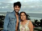 Mãe de Renan torce para casamento do modelo com a ex: 'Nora exemplar'