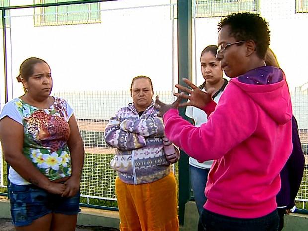 Mães ficaram revoltadas com as agressões na creche de Porto Ferreira (Foto: Paulo Chiari/EPTV)