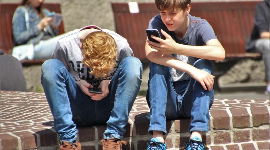 Jovem, celular, adolescente, smartphone (Foto: Reprodução/Pexel)