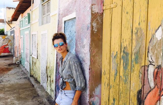 Victoria's Secret promove ação beneficente no sertão nordestino (Foto: Reprodução)
