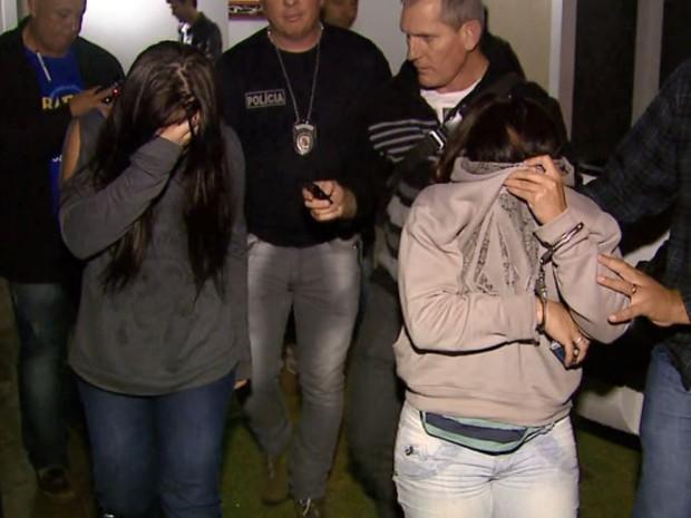 Mãe e filha são suspeitas de matar professor de física da UFTM em São Carlos (Foto: Reprodução/ EPTV)