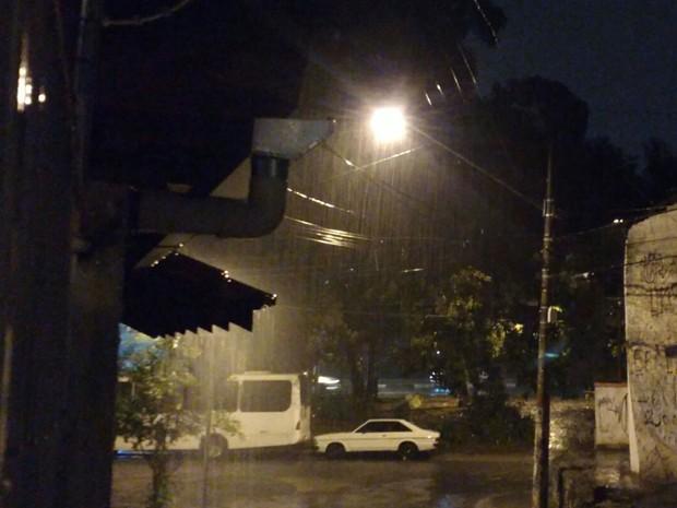 Chuva intensa na Vila Sônia (Foto: Vivi Reis/ G1 )