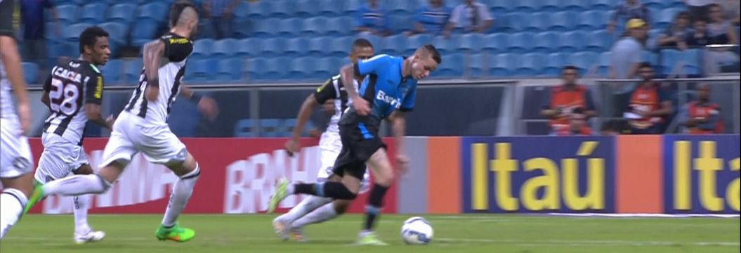 Grêmio x Figueirense - Campeonato Brasileiro 2015 - globoesporte.com ed9ddf64d0ac6