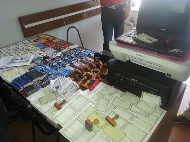 Material apreendido em Itaíba (Foto: Divulgação/ Polícia Militar)
