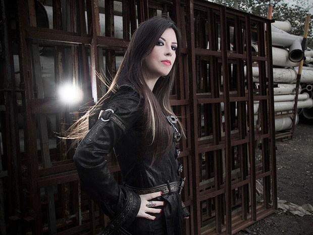 Dani Nolden, vocalista da banda de heavy metal Shadowside (Foto: Irisbell Mello/Divulgação Shadowside)