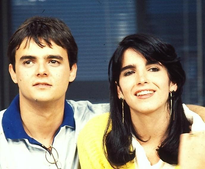 Ao lado de Cássio Gabus Mendes, par romântico de Malu na primeira versão de Ti Ti Ti (Foto: Cdoc/TV Globo)