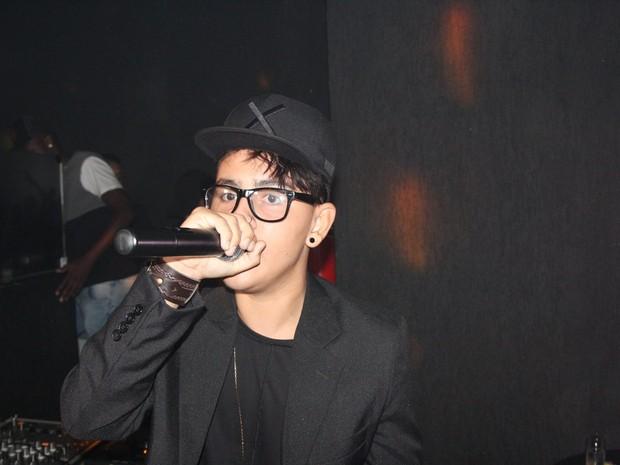MC Americano canta em festa no Rio (Foto: Monique Molledo/ CI Produções/ Divulgação)