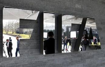 """Blatter está """"tranquilo"""", mas """"não está dançando"""", afirma porta-voz da Fifa"""