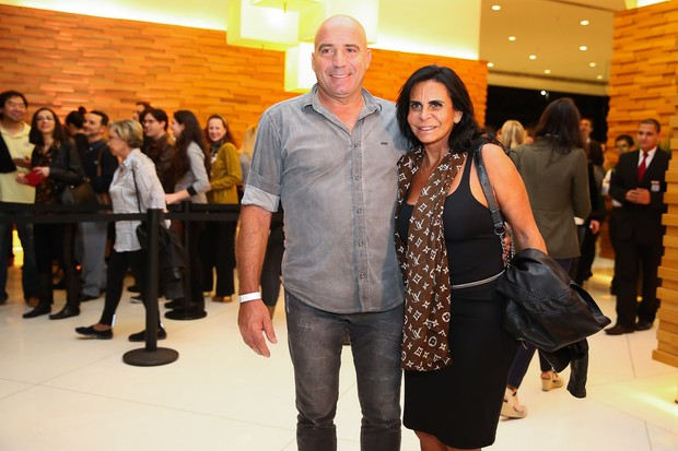 Gretchen com o marido  (Foto: Manuela Scarpa/Brazil News)