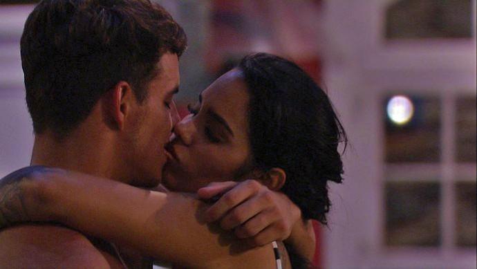 Antônio e Mayara viveram um romance na casa do BBB17 (Foto: Gshow)