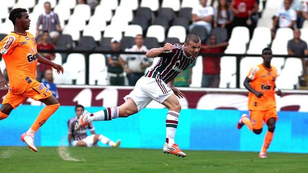 Wagner marca gol do Fluminense contra o Nova Iguaçu (Foto: Nelson Perez / Fluminense. F.C.)