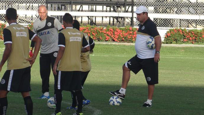 Vica, técnico do ASA (Foto: Leonardo Freire/GloboEsporte.com)