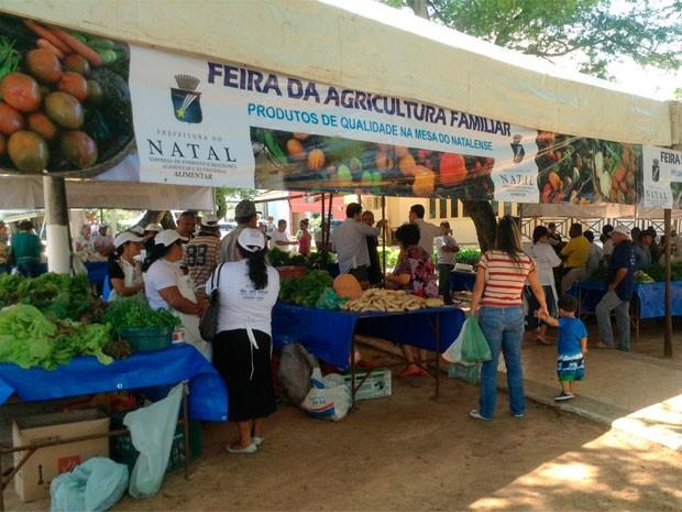 Feira da Agricultura Familiar de Natal acontece na Praça das Flores, em Petrópolis (Foto: Divulgação/Prefeitura de Natal)