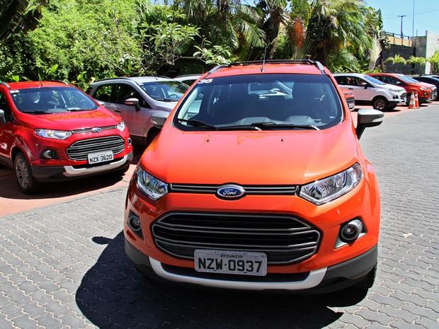 O EcoSport tem nova grade frontal (Foto: Canindé Soares/G1)