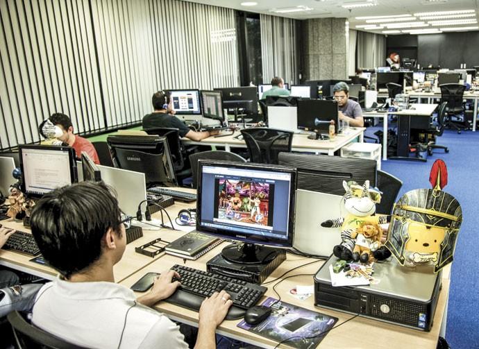 Casa nova: Parte dos funcionários  do Click Jogos se mudou para um escritório na Avenida Paulista após a fusão com o grupo NZN, que conta com a nona maior audiência da internet brasileira (Foto: Sérgio Zacchi)