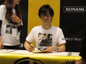 Hideo Kojima, criador da famosa série