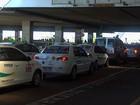 Taxistas fazem carreata até o aeroporto de Fortaleza em protesto