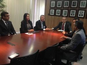 Reunião aconteceu na sede do TCE, em Maceió (Foto: Roberta Cólen/G1)